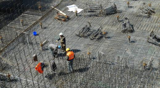 Comment choisir son prestataire en construction industrielle