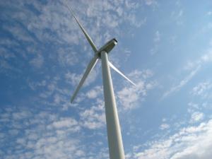 transition énergétique créatrice d'emplois dans monde